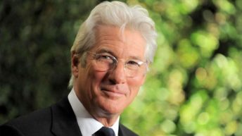 Ha'aretz: Richard Gere calls settlements 'absurd provocation,' occupation 'indefensible'