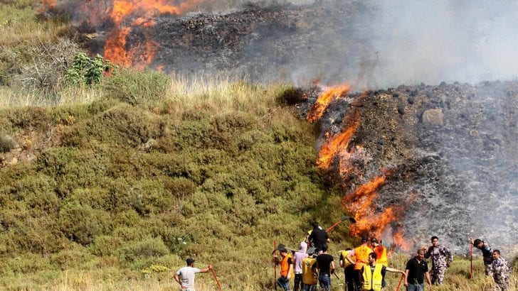 MEMO: Jewish settlers burn Palestinian farms in Nablus