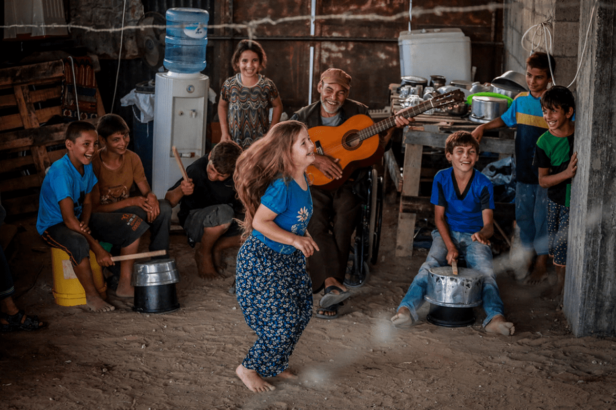 Gaza's young photographers record moments of happiness