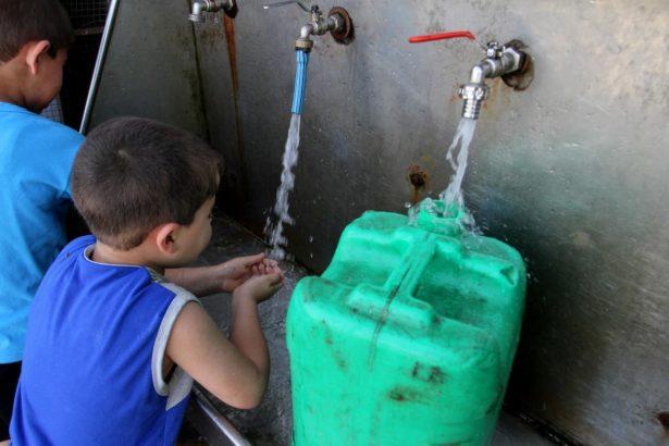 Israel destroys water pipes in Jordan Valley