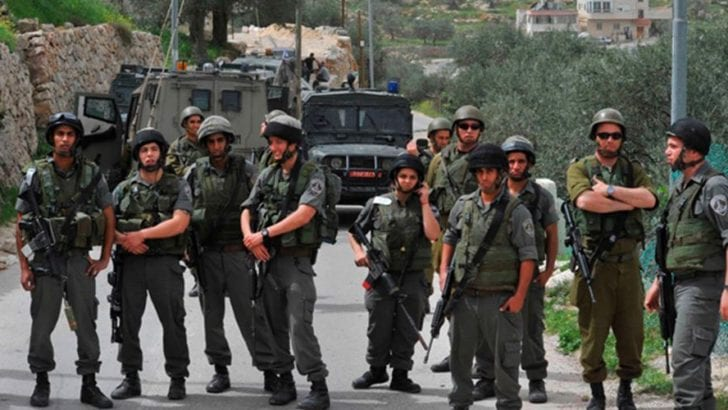 Israeli soldiers shoot 13-year-old village boy in thigh