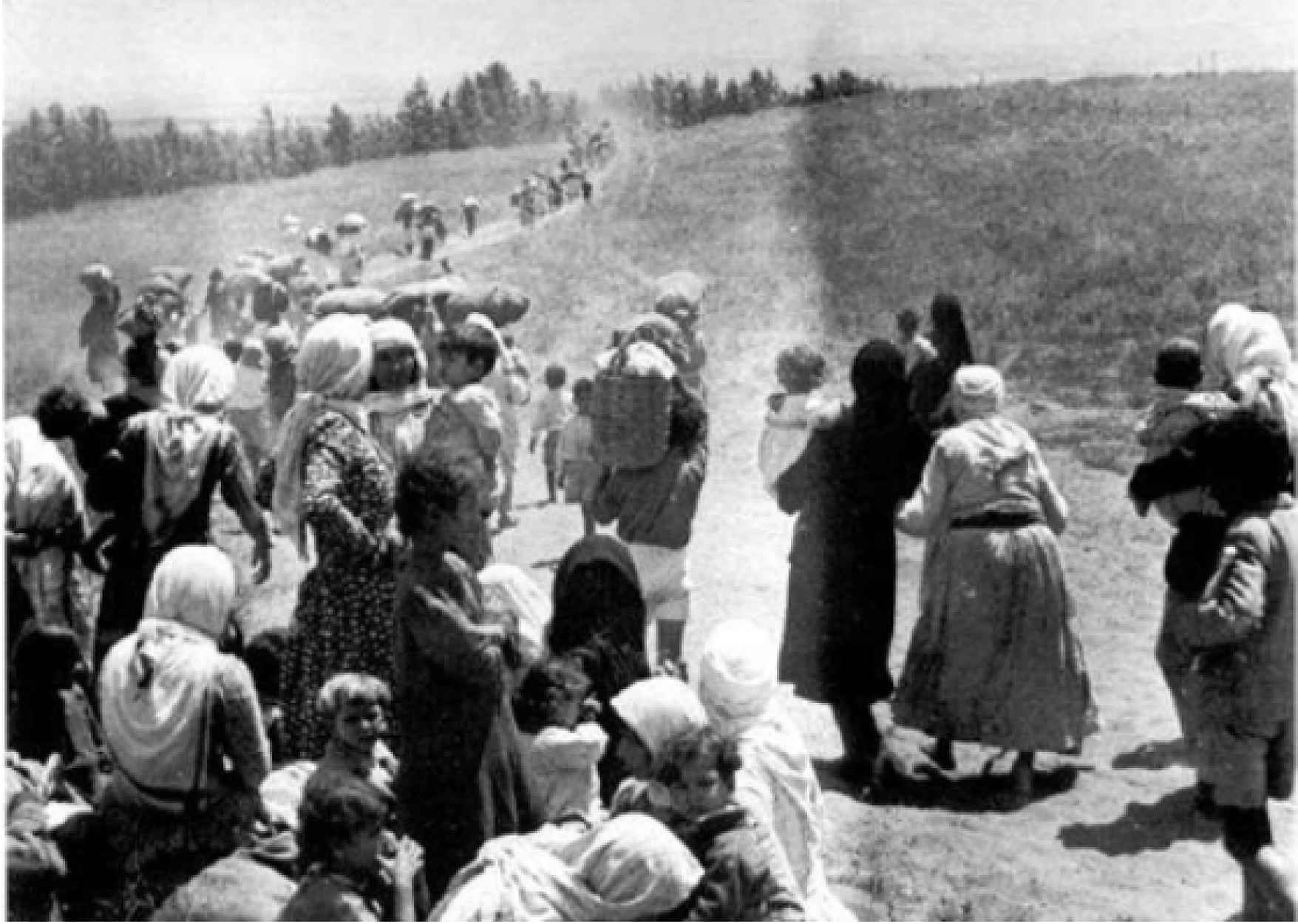 1948 photo of Palestinian refugees