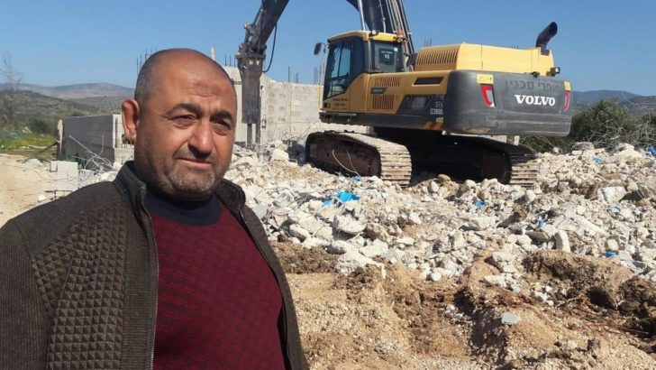 Palestinian citizen of Israel forced to demolish his home