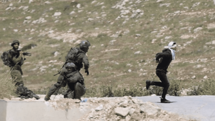 Israeli Soldiers Shoot Bound, Blindfolded Palestinian Teen Trying to Flee