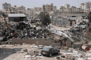 The junkyard next to the potential new location of Khan al Ahmar